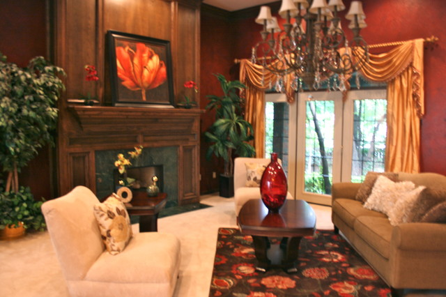 Vacant Home Staging -This Staged Space! Inc. traditional-family-room