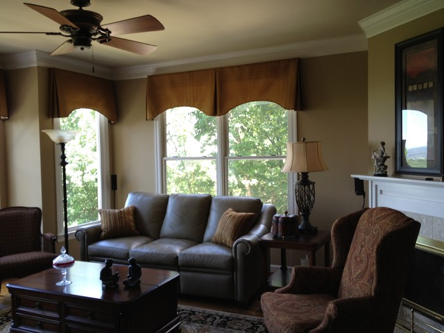 Very best Valances - Traditional - Family Room - Other - by The Interiors  PC12