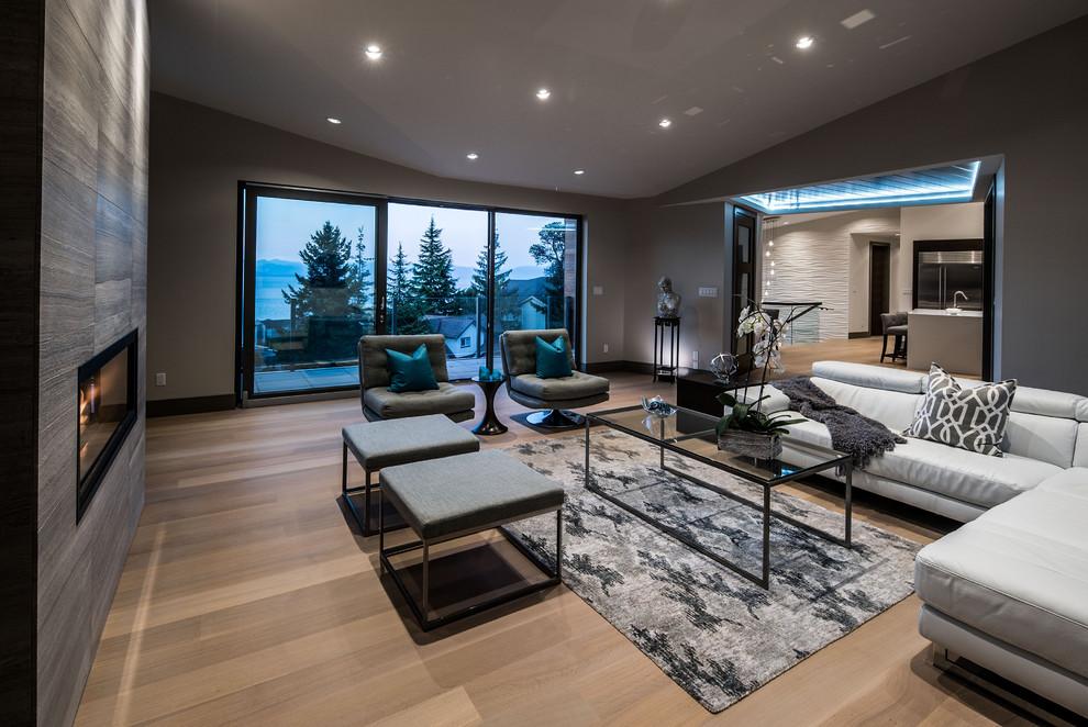 Trendy family room photo in Vancouver