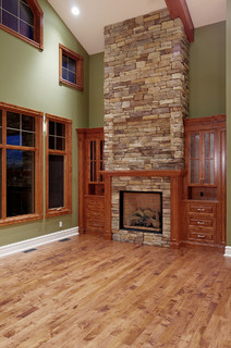 Vaulted great room - Traditional - Family Room - Calgary - by Veranda Estate Homes Inc.
