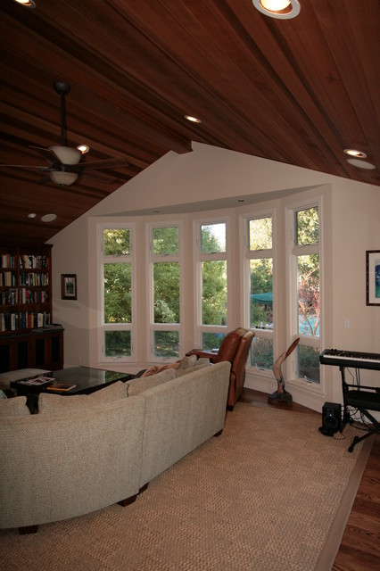 Vaulted Panel ceiling traditional-family-room