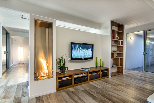 Ecosmart Fireplace Midcentury Family Room San