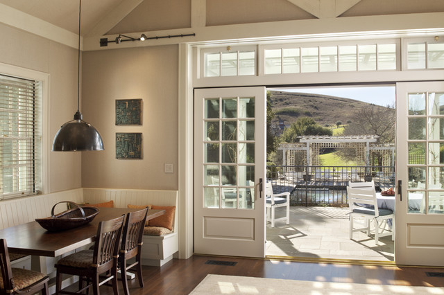 Walnut Hill Ranch Eating Nook Traditional Family