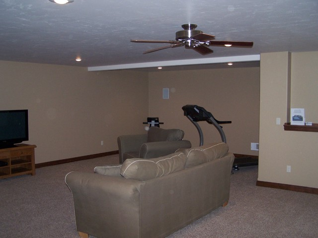 Warm Springs traditional-family-room