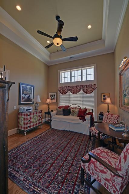 Waterfall Country Club / Lake Burton Club craftsman-family-room