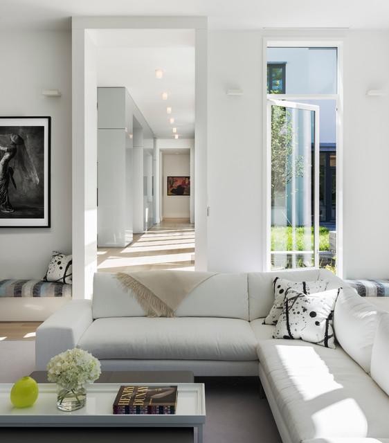 Weston modern minimalistisch wohnzimmer boston von for Minimalistisch wohnen vorher nachher