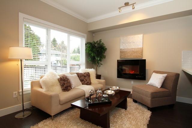 Whiteside Gardens modern-family-room
