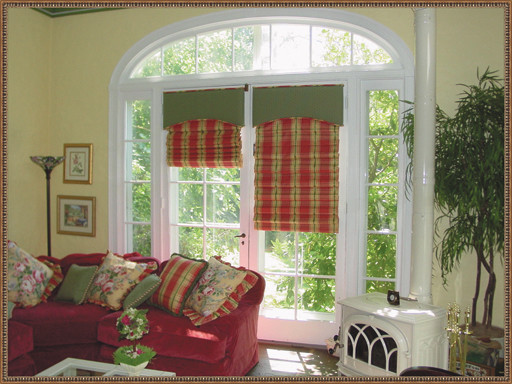 Window Designs traditional family room