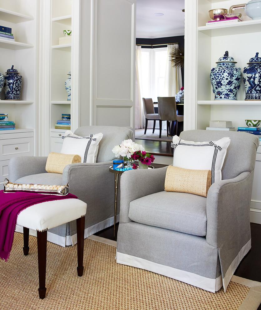 Elegant family room photo in Toronto