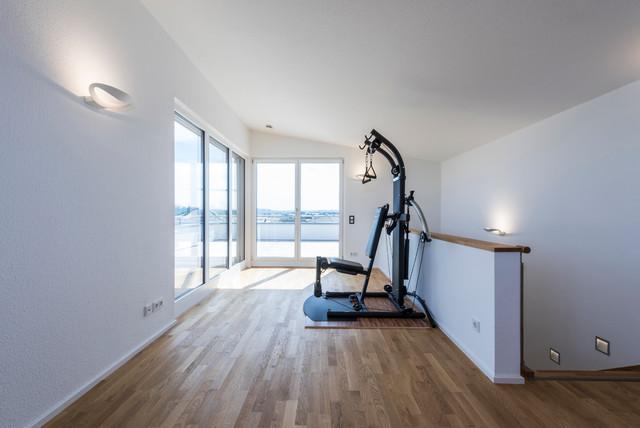 Fitnessraum im Dachstudio minimalistisch-fitnessraum