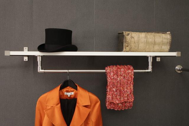 uli garderoben kleiderstange aus edelstahl nach ma minimalistisch flur essen von uli. Black Bedroom Furniture Sets. Home Design Ideas