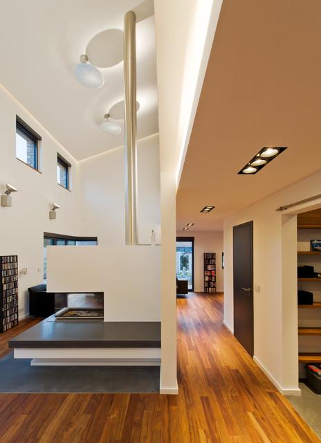 wohnhaus im seelhorster garten klassisch modern flur hannover von bartels architektur. Black Bedroom Furniture Sets. Home Design Ideas
