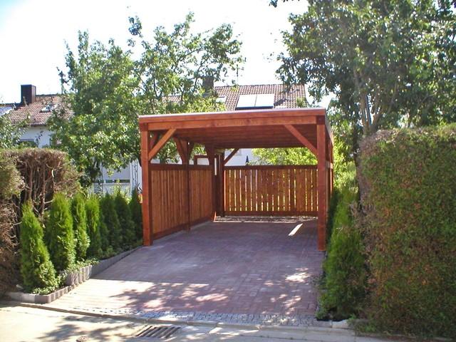 Carport in einen garten integrieren 1 rustikal garten for Gartengestaltung carport