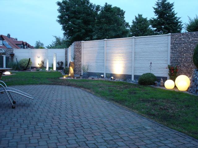 deluxe-betonzäune - modern - garten - dortmund - von morganland, Gartenarbeit ideen