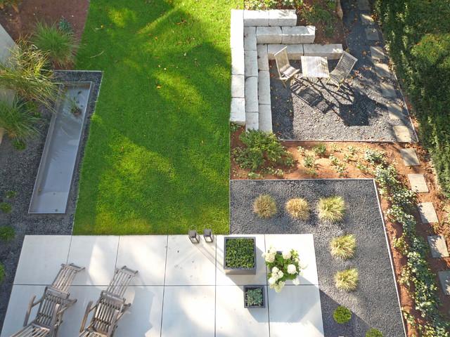 Doppelhaushälften am Hang - Modern - Garten - Sonstige - von Weber ...