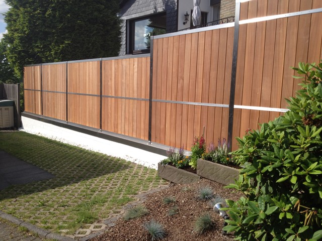 Fence contemporary garden cologne by hoge die manufaktur fence contemporary garden workwithnaturefo