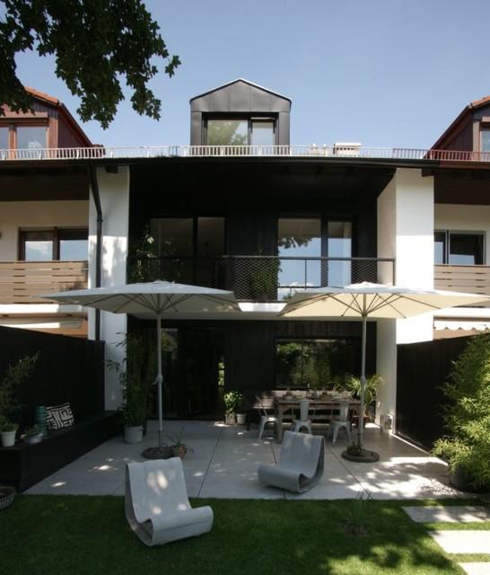 Haus 23 umbau eines reihenhauses modern garten for Modernes haus vorgarten