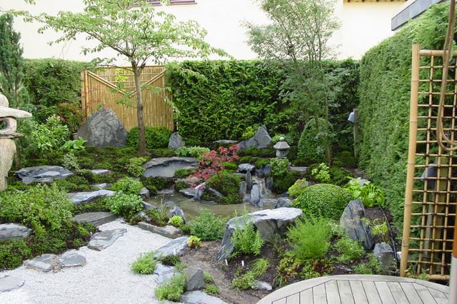 Kleiner garten ganz moos gro asiatisch garten for Gartengestaltung asiatisch