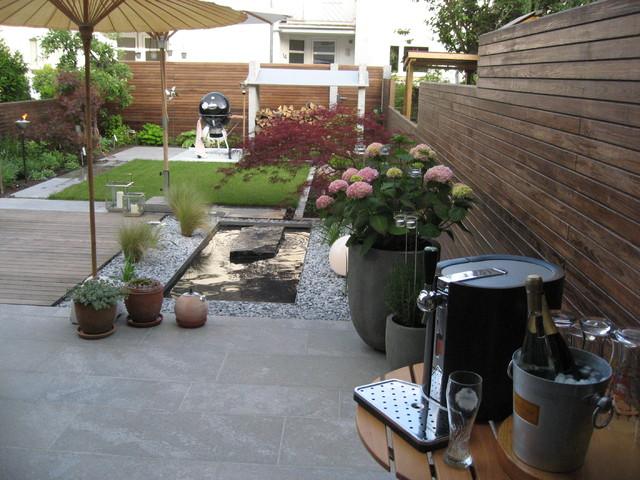 Reihenhausgarten Modern Garten Sonstige Von Gartengestaltung