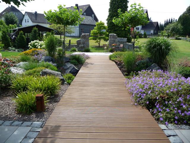 Schoner Garten Mit Natursteinmauer Klassisch Garten Frankfurt Am Main Von Schmitz Gmbh Garten Landschaftsbau Natursteine