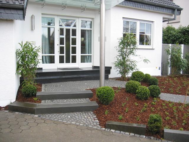 vorgärten, hauszugänge - modern - garten - dortmund - von, Gartenarbeit ideen
