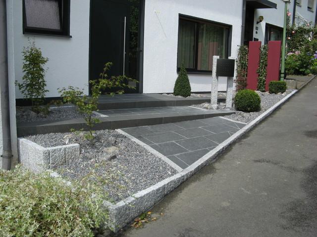 moderne vorgarten beispiele – performal, Garten ideen gestaltung