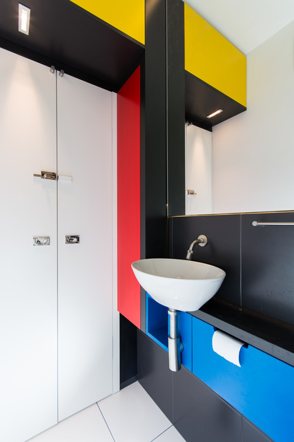 Mondrian wc modern powder room munich by vivante for Wc deco modern