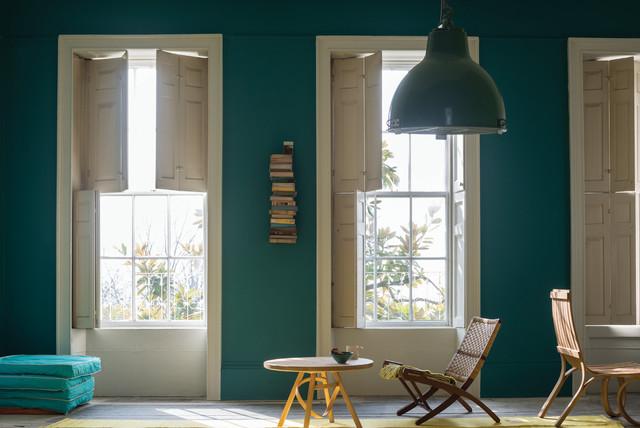 A living room painted in vardo by farrow ball classique chic salle de s jour - Bleu farrow and ball ...