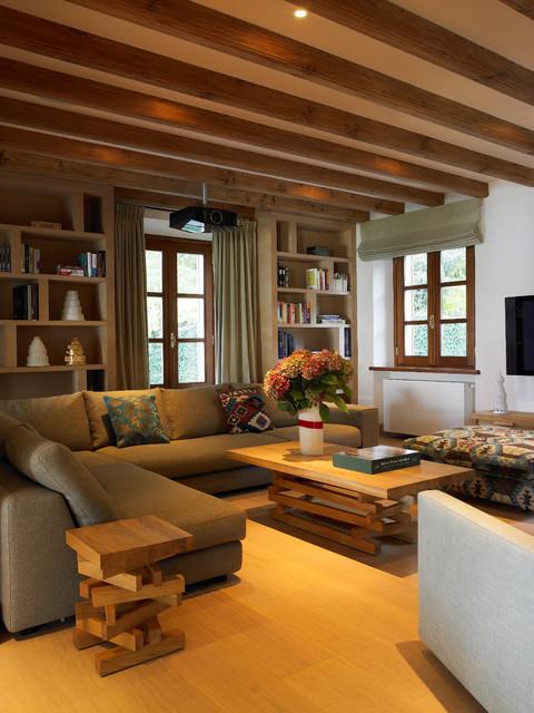 menaggio villa. Black Bedroom Furniture Sets. Home Design Ideas