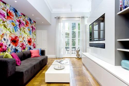 Showroom - Lounge & TV Area