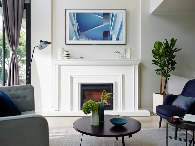 TV turns into Art - Samsung Frame TV - Traditional - Family Room ...