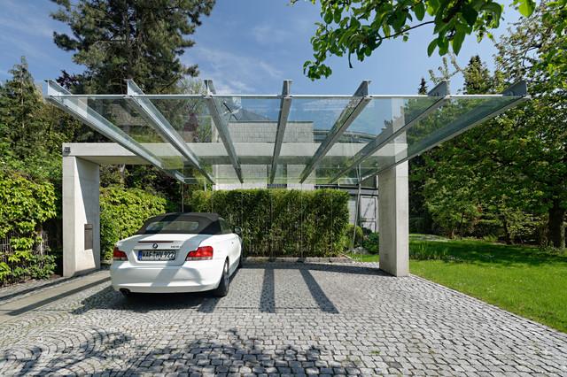 carport contemporain garage stuttgart par architekturb ro silke anna linnemann. Black Bedroom Furniture Sets. Home Design Ideas