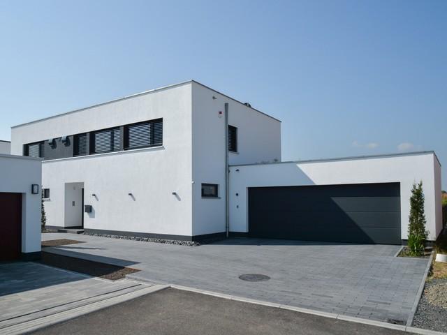 Modernes flachdachhaus modern garage sonstige von for Flachdachhaus modern