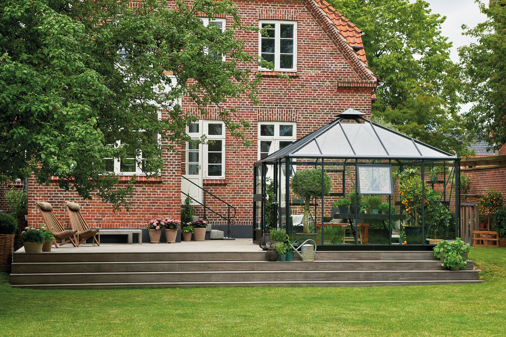 This is an example of a classic garden shed and building in Copenhagen.
