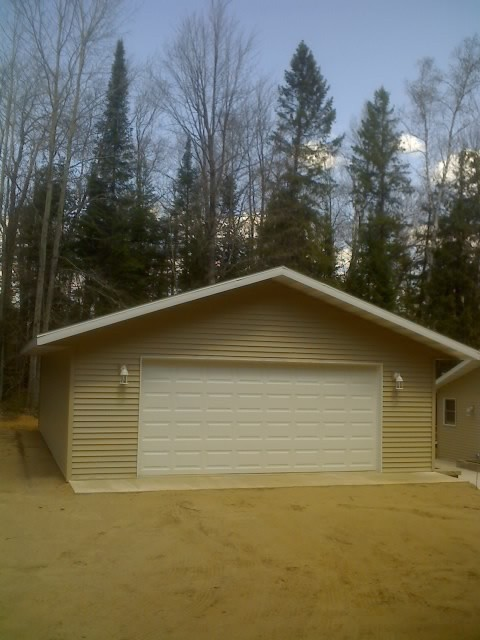 24x30 garage with vinyl siding traditional garage for Garage 24x30