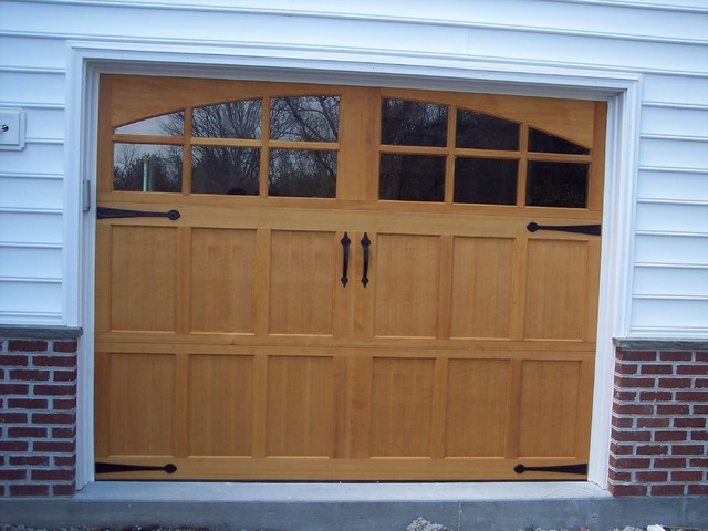 Artisan custom doorworks garage doors arts crafts for Arts and crafts garage