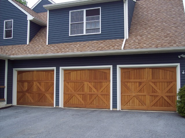 Artisan custom doorworks garage doors farmhouse garage for Farmhouse garage doors
