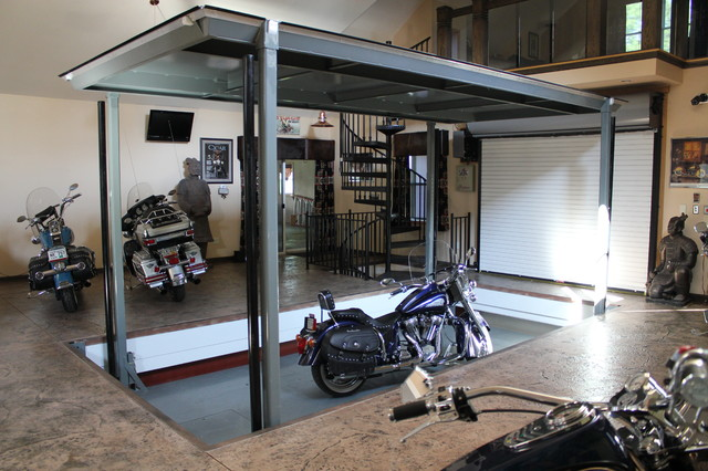 Auto elevator phantompark contemporary garage and shed for Garage elevator lift