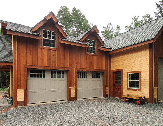 Barn Style Garages & Shops - Farmhouse - Garage - Houston ...