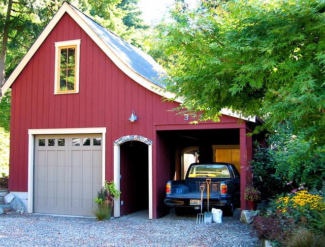 Beach Cabin Garage