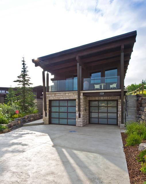 Canmore Collosal Collaboration contemporary-garage