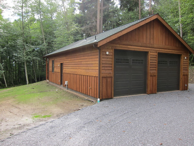 Classic Cedar Garage traditional-garage-and-shed