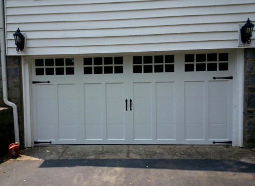 Clopay coachman garage doors farmhouse garage for Farmhouse garage doors
