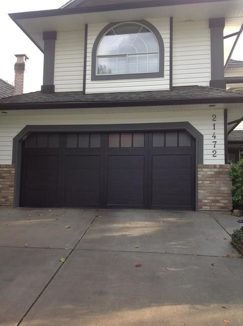 Coachman garage doors carriage style klassisk garage for 16x7 insulated garage door