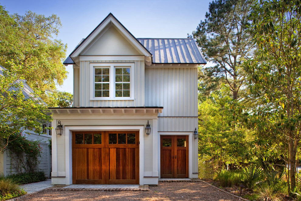 Example of a large classic detached garage design in Atlanta