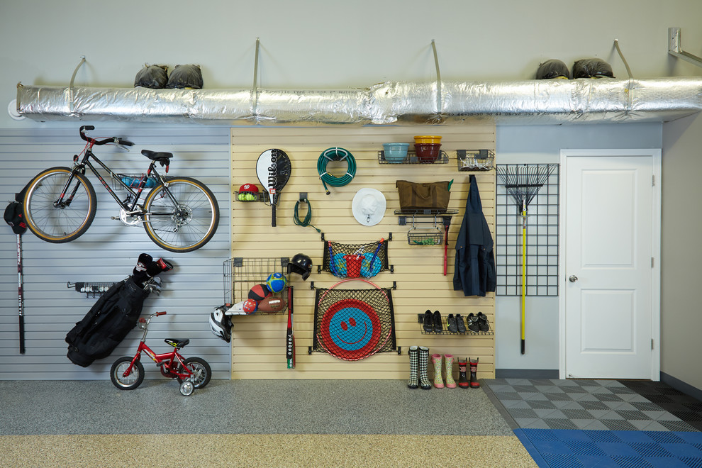 Inspiration for a small contemporary garage workshop remodel in Orange County