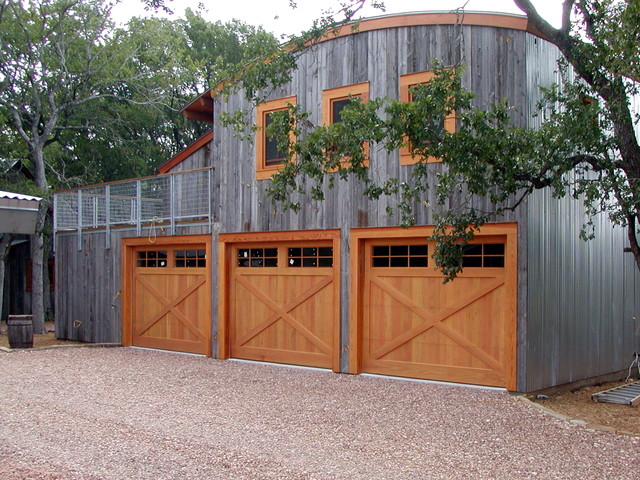 Cowart door custom wood garage doors farmhouse for Farmhouse garage doors