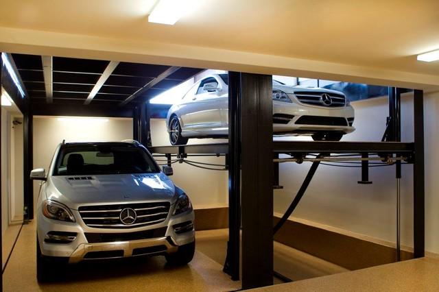 Custom Car Lift In California Garage Contemporain