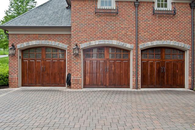 Custom wood garage doors traditional garage dallas for Dallas garage doors