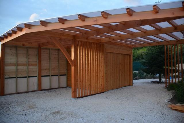Ensemble double carport claustras et local de rangement moderne garage toulouse par apogee for Rangements garage saint paul